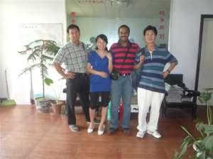 马来西亚和泰国客户同时来我厂采购设备